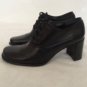Franco Sarto lace-up oxford shoes